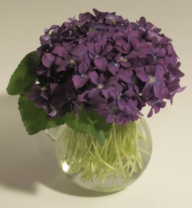 Violet Bouquet, S-32     IMG_2625
